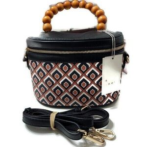 a • new day Purse